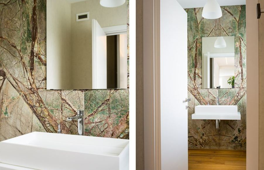 bagno in marmo forest green
